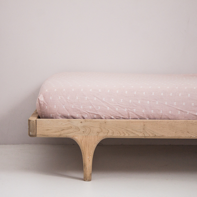 Dusty Rose Bow fitted sheet